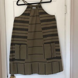 Old Navy olive and black dress with 2 pockets